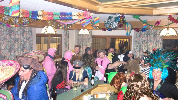 Masken Er & Sie schießen 2018 des SV Breitenbach